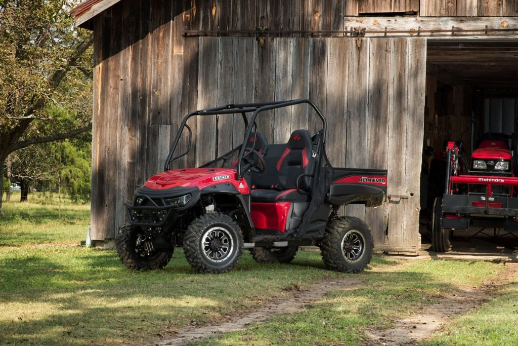 2017_Mahindra_Retriever_1000-S-Red_EcholsBarn_2_HR_2